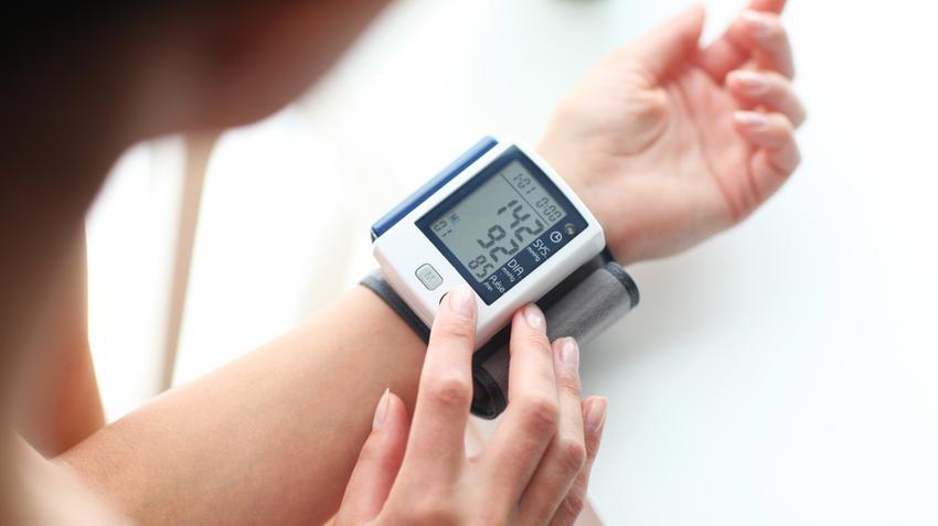 a magas vérnyomás összehúzza az ereket