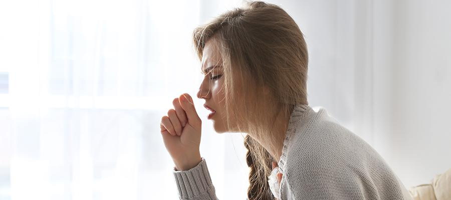 A köhögési roham is gyanús lehet: 5 jel, ami szívproblémára utalhat - Egészség   Femina