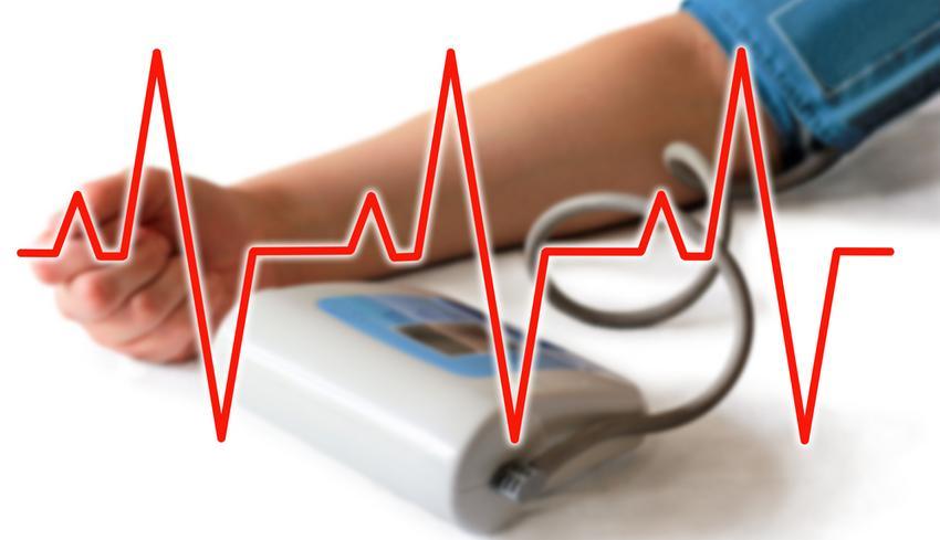 magas vérnyomásban szenvedő ember