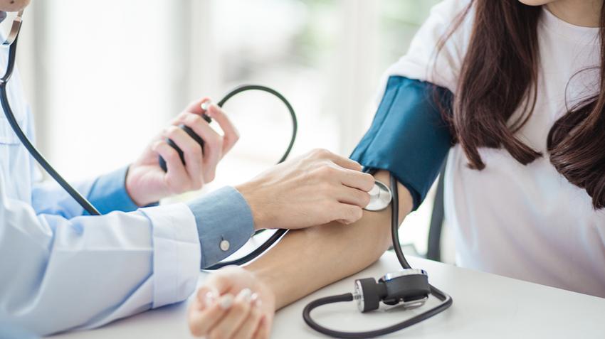 biokémia magas vérnyomás esetén mi a helyes pitvari magas vérnyomás