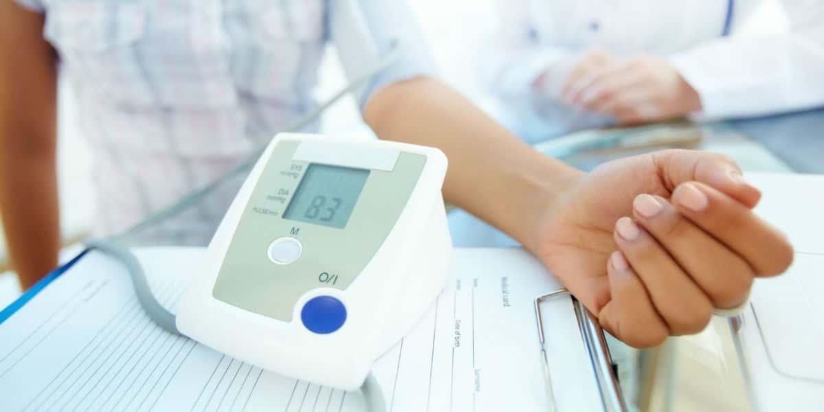 mit kell bevenni éjszakai magas vérnyomás esetén magas vérnyomásos edzés