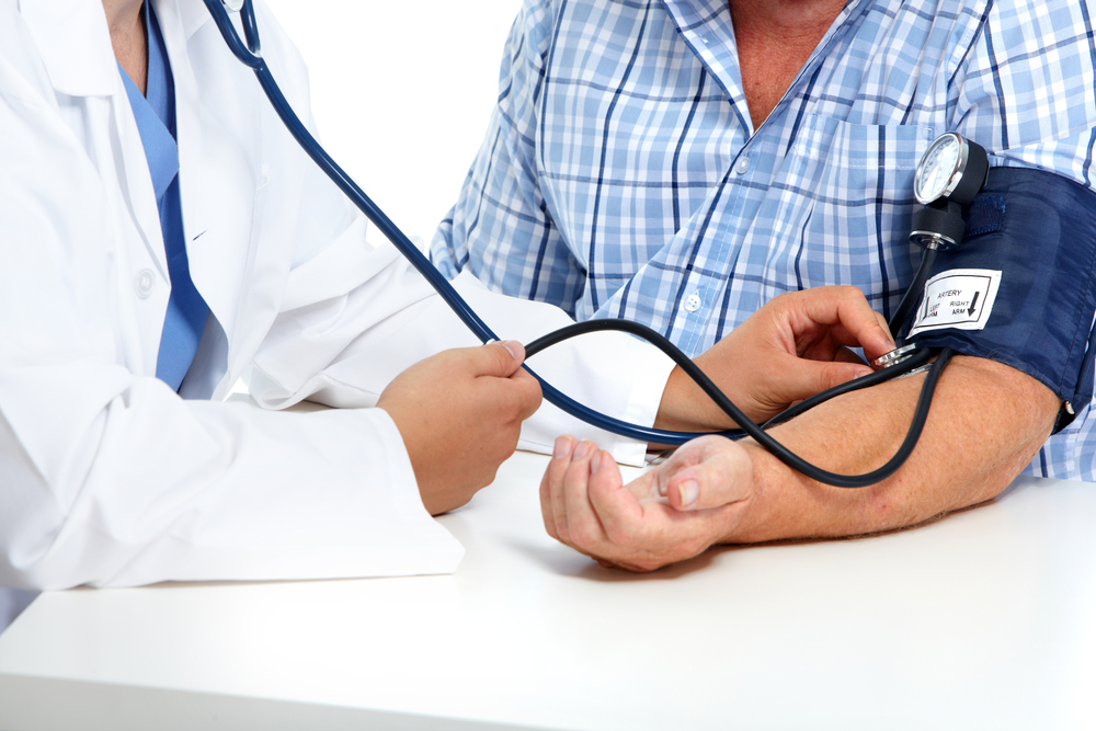 a nyak önmasszírozása a magas vérnyomásért
