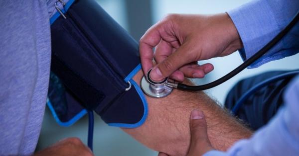 segít a magas vérnyomás hányingerében