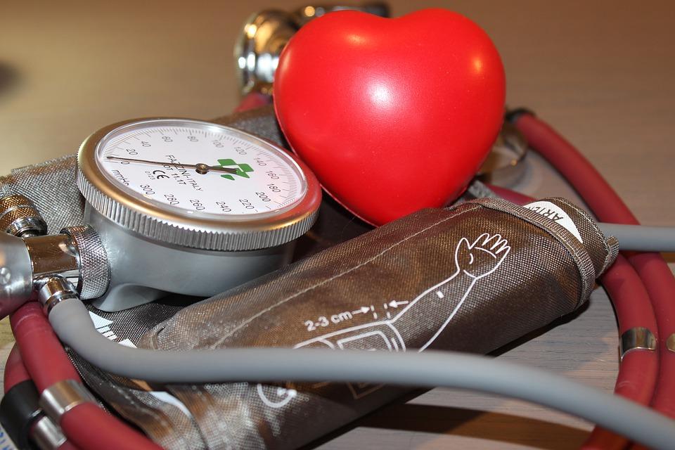 magas vérnyomás 3 szakaszos táblázat