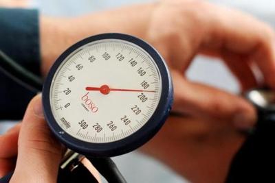 hogyan kell kezelni a magas vérnyomású fejfájást