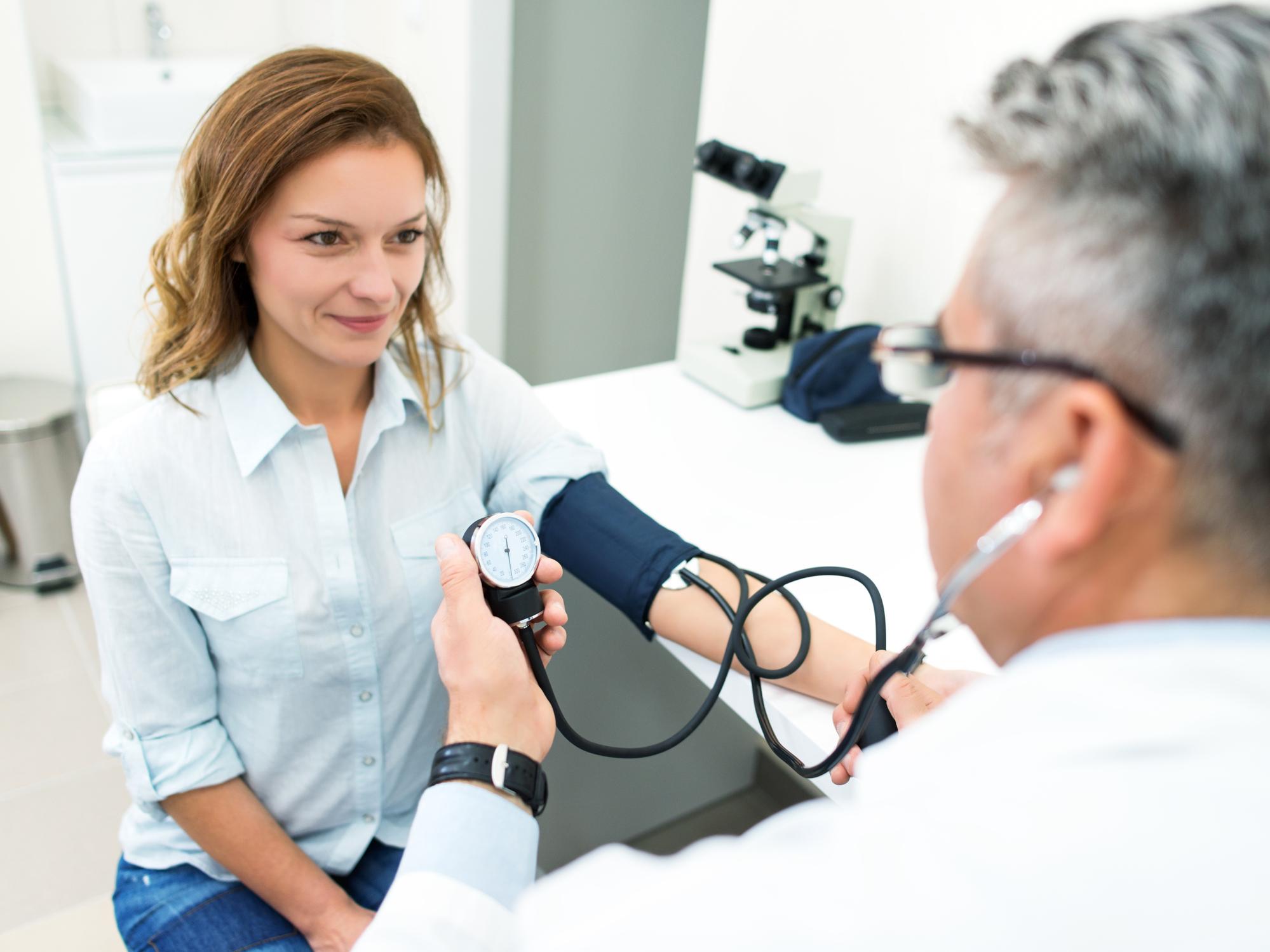hogyan kell megírni a magas vérnyomás diagnózisát fizioterápiás gyakorlatok magas vérnyomás esetén