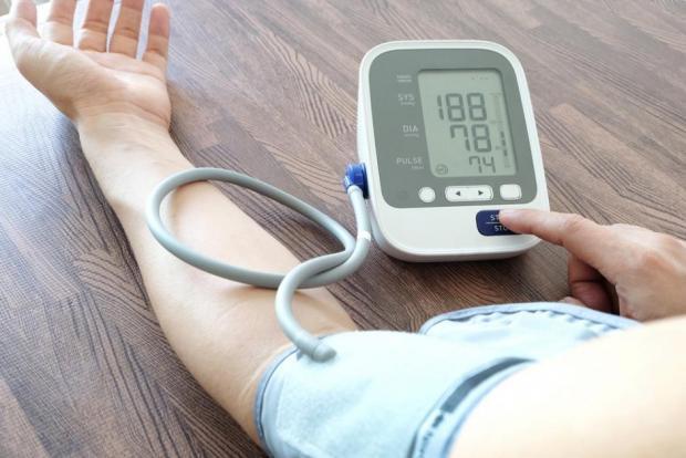 szódabikarbóna használata magas vérnyomás esetén