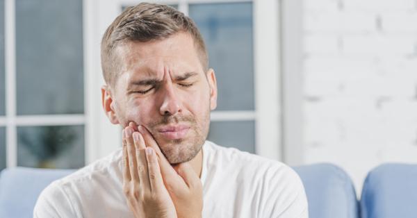 magas vérnyomás és fájdalom a fej hátsó részén