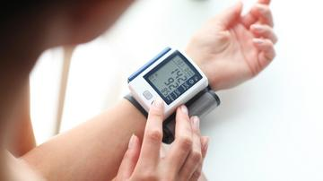 magas vérnyomás 50 év feletti férfiaknál hogyan kell főzni csipkebogyót magas vérnyomás esetén