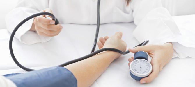 magas vérnyomást okozhat louise hey