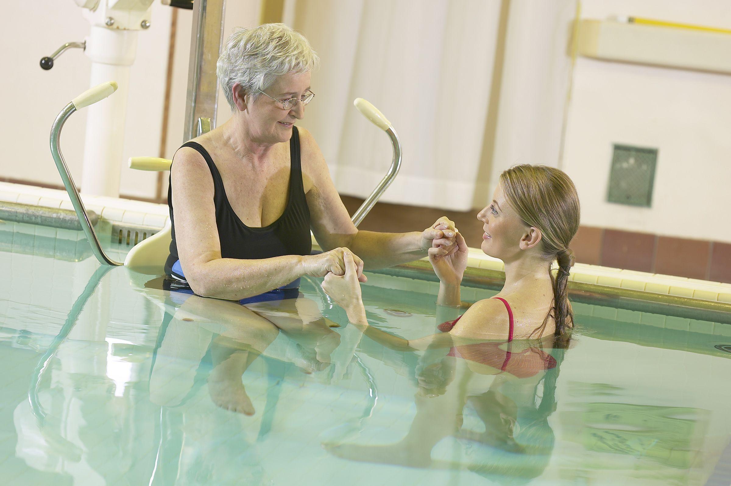 magas vérnyomás forró fürdő hogyan kell borostyánkősavat bevenni magas vérnyomás esetén